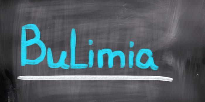 Bulimia Nervosa – charakterystyka, objawy, sposoby postępowania terapeutycznego