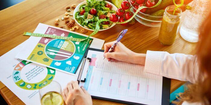 Przykładowy jadłospis w cukrzycy ciążowej dla zabieganych – dieta tradycyjna 1800 kcal